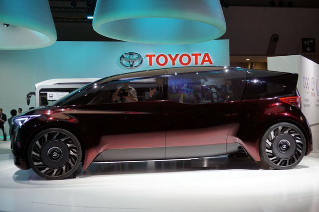 画像: 第45回東京モーターショーイベントレポ5:自動車メーカーブースで見つけたAI&VR、自動運転に関する展示を紹介