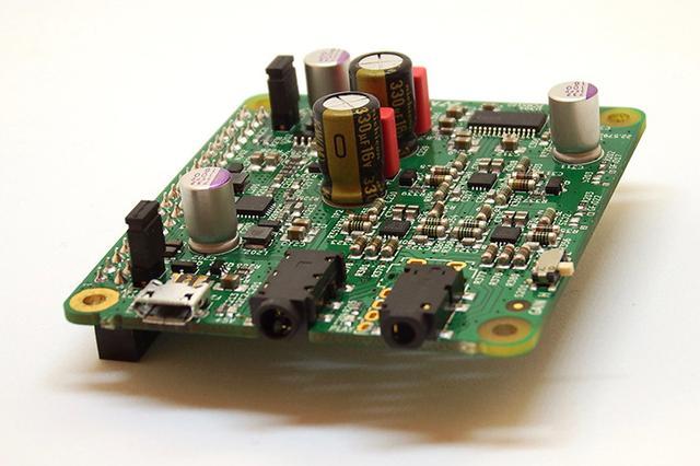 画像: AVIOT、ラズパイ用DAC/ヘッドホンアンプ拡張ボード「DAC 01」を発売。ハイレゾ再生やバランス接続をサポート