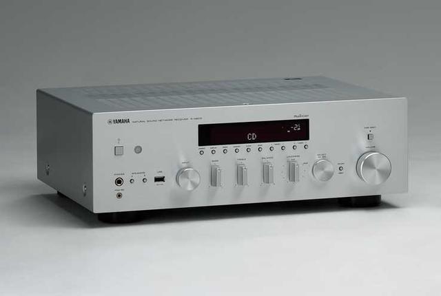 画像: ヤマハのネットワークレシーバー「R-N803」の音場補正機能は試す価値アリ。AVアンプ同様に部屋の影響を抑えられる