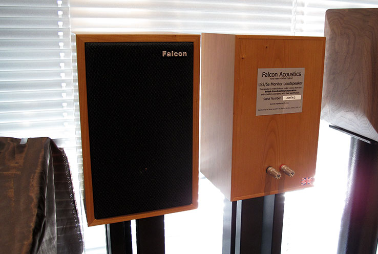 Images : 1番目の画像 - 「御影AUSIC倶樂部主催、「BBC LS3/5a 試聴・演奏會」を6/30、7/1の二日間、御影のカフェ「デリカテッセン ポラリス」で開催」のアルバム - Stereo Sound ONLINE