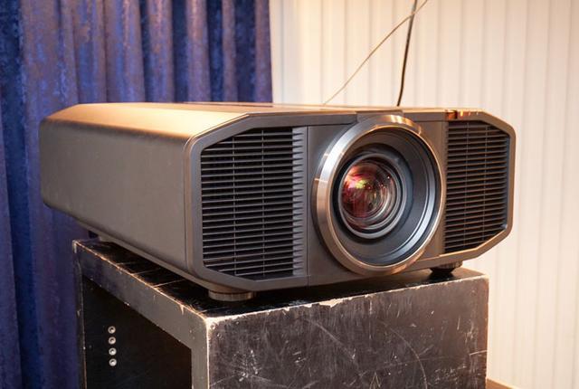 画像: SSO新製品レビュー:JVCのネイティブ4Kプロジェクター「DLA-Z1」は衝撃の高画質だった