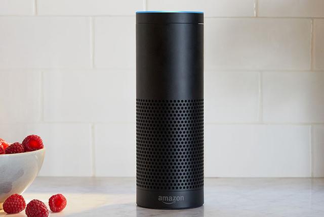 画像: Amazon、「Alexa」とスマートスピーカー「Amazon Echo」を年内に日本で展開。Echoは事前申し込みによる招待制での販売