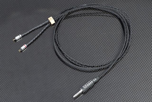 画像: ブリスオーディオのリケーブルに限定モデルの「UPG001Rh+」が登場。素材をブラッシュアップ+耳かけ仕様に