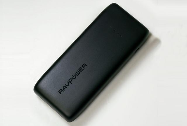 画像: e☆イヤホン、RAVPowerのモバイルバッテリーを販売開始22,000mAhで税込¥3,699と激安