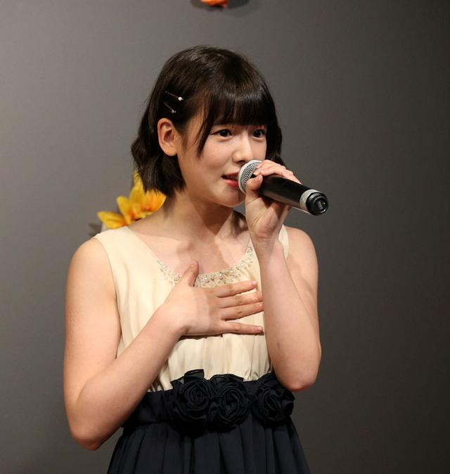 画像: 美侑、miyu(I'Swing)/「18歳は大人の女性になりたい」、シックなハーフドレスで生誕を開催