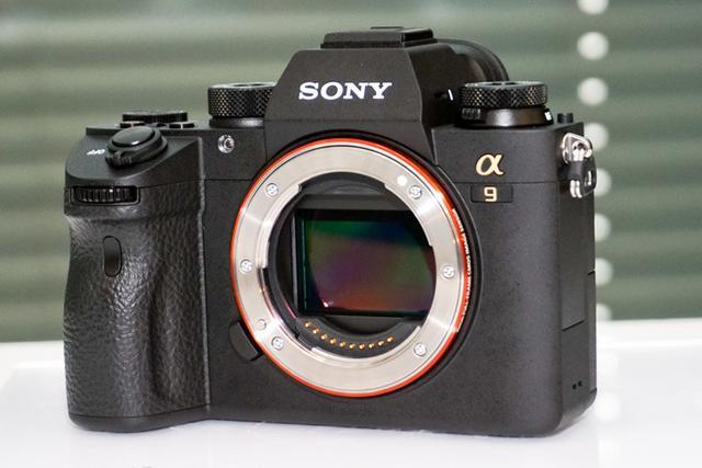 画像: ソニーのフルサイズ一眼カメラ「α9」新開発24Mセンサー搭載20コマ連写、693点AFで動きに強い