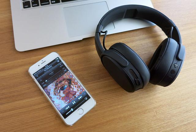 画像: レビュー連載・伊藤隆剛のコレを聴け! Skullcandyの震えるヘッドホン「Crusher Wireless」がイケてる!