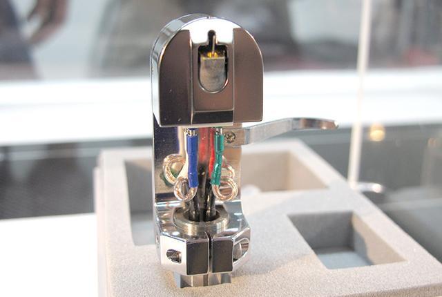 画像: 12/17、オーディオユニオンお茶の水で高級MCカートリッジの新モデル「IKEDA 9xx」の音を聴こう