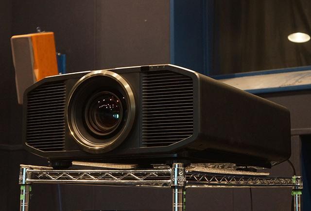 画像: 麻倉怜士のまるごと好奇心 第64回JVCのリアル4K機「DLA-Z1」が大画面映像の新しい時代を拓く