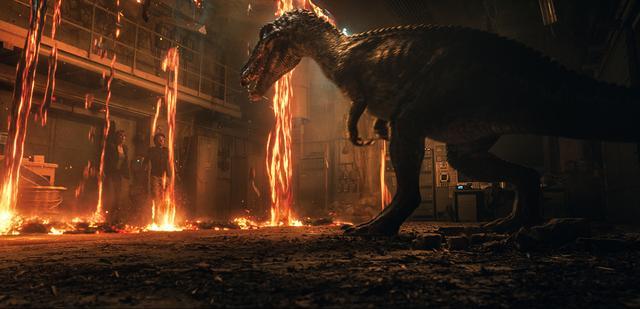 画像2: 4DXと『炎の王国』は相性抜群! 恐竜の咆哮に合わせて座席が揺れる!