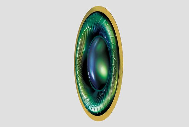 画像: 数百層にも重ねた超多層フィルム(MLF:Multi Layer Film)振動板がハイレゾ音源の持つ高域特性を存分に再現できるという