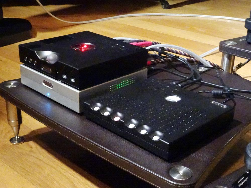 画像: サプライズ発表の「Hugo M-Scaler」(写真右)と「TTobby」(Hugo TT 2の下にある銀色の筐体)