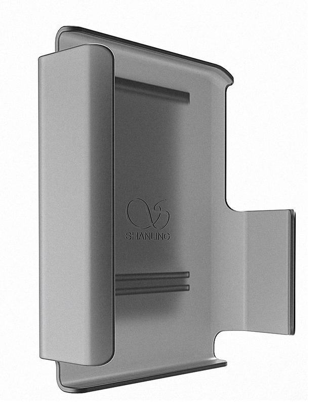画像: ポータブルオーディオプレーヤー「M0」専用のクリップケース「M0 ClipCase」。M0をカチッとはめて固定できる。リアにあるクリップで、カバンやベルト、胸ポケットなどにM0を固定できる