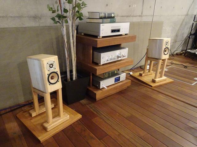 画像: 「桐スピーカー」も3セットが限定販売される。ONKYO BASEで試聴可能だ