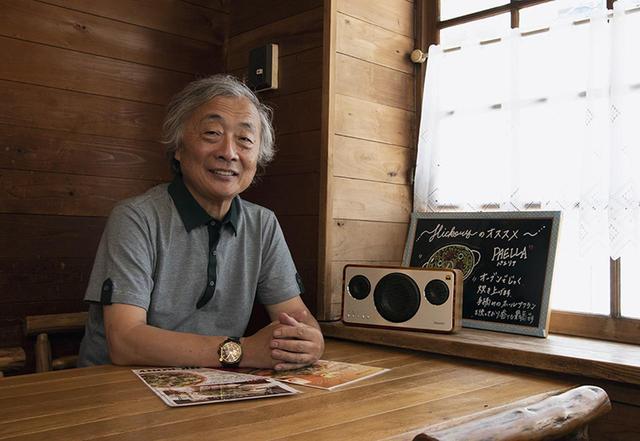 画像: 麻倉さんのお気に入りイタリアンレストランで取材を行なった。落ち着いた雰囲気にIA-BT7の音が馴染む