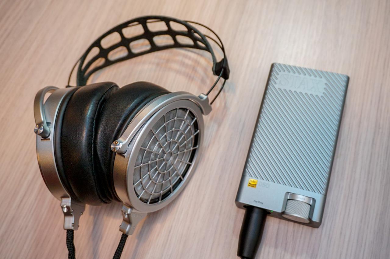 画像: VOCEと静電型ヘッドホン用アンプ「SDR-M10」