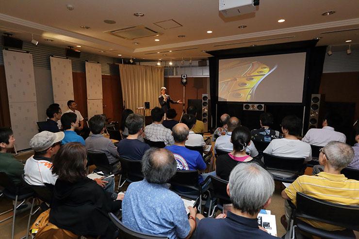 画像: 昨年開催されたRX-A3070発売日先行視聴会の様子
