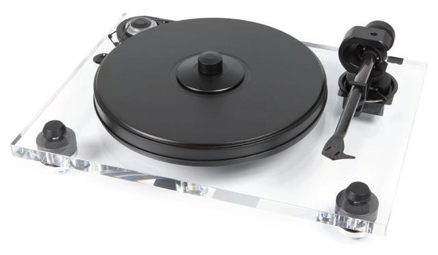 画像: Pro-Jectのターンテーブルの新製品「2XPerience DC Acryl」。8月下旬の発売で、価格は¥138,000(税別)