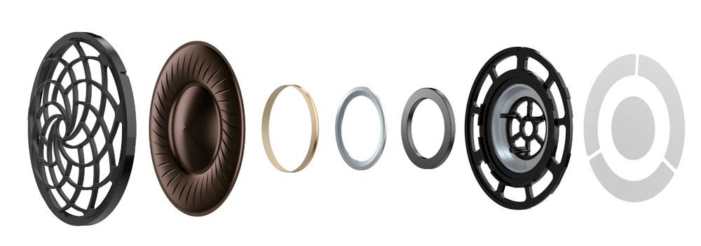 画像: 振動板を覆うグリルには、フィボナッチという数列を参考にした独特の曲線パターンで、開口を均等化している