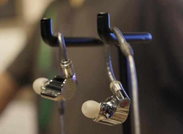 画像: 【麻倉怜士のIFAリポート 2018】その06ソニーのフラグシップイヤホン「IER-Z1R」はこだわりの塊 - Stereo Sound ONLINE