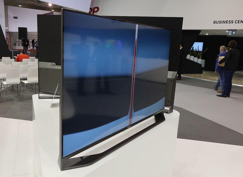 画像: ピニンファーナがデザインした液晶テレビ