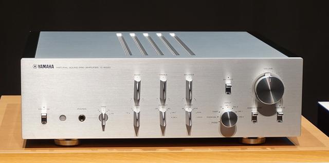 画像1: ヤマハのフラッグシップ5000シリーズに、セパレート型アンプ「C-5000」+「M-5000」登場。バランス伝送と低インピーダンス化を徹底し、音楽の感動をリスナーに忠実に届ける
