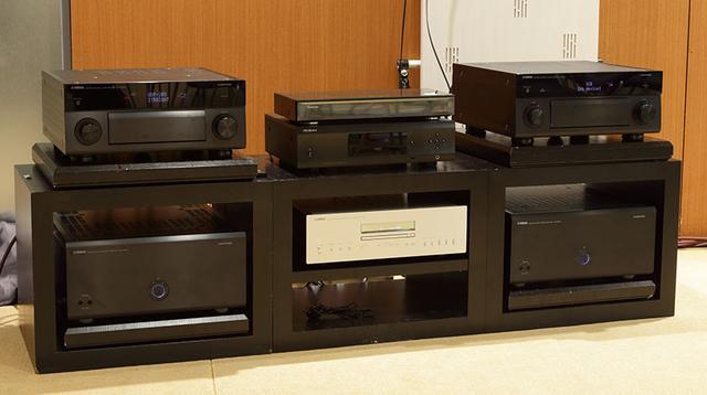 画像: 前モデルのCX-A5100とMX-A5000(写真右側)も準備され、新製品との厳密な聴き比べも実施した