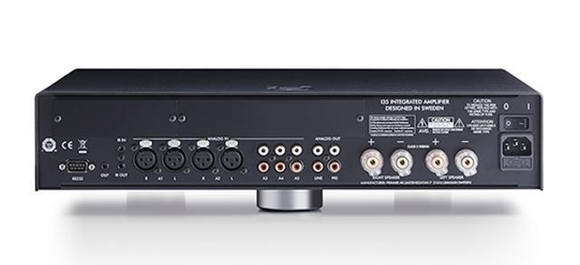 画像: ↑I35には新開発のスイッチング電源APFC(アクティブ・パワー・ファクター・コントロール)が採用されている。従来モデルI32に搭載された電源より5%効率を向上させた仕様