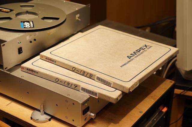 画像: 『Air Kiss』の貴重なマスター素材は2トラ76のアナログテープだった。12インチの大きなリールに巻かれた状態で残されていた