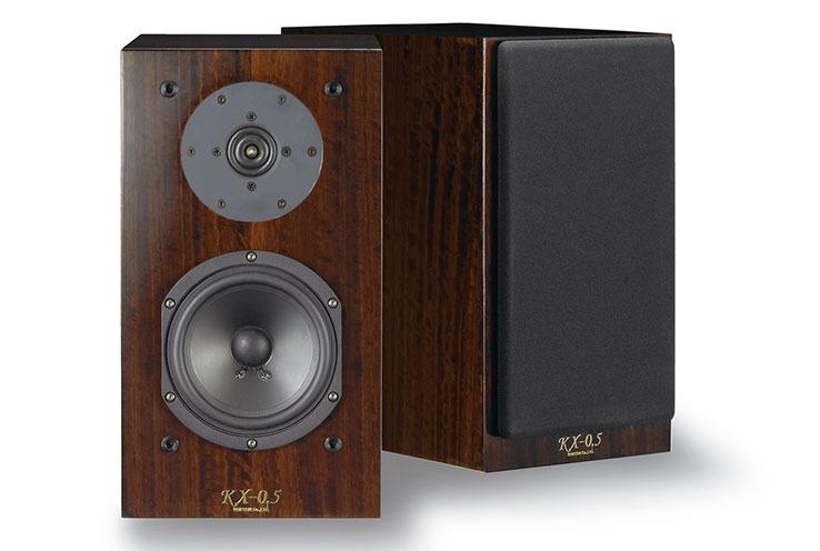 画像: クリプトン、密閉型ブックシェルフスピーカーのエントリー機「KX-0.5」を10月上旬発売。チューニングパネルとインシュレーターも発表 | Stereo Sound ONLINE