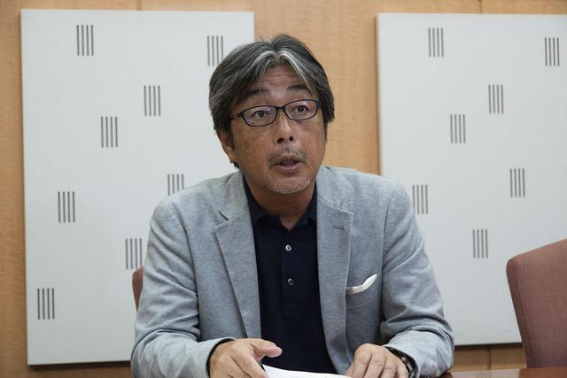 画像: ヤマハ開発陣のこだわりに感心する山本さん