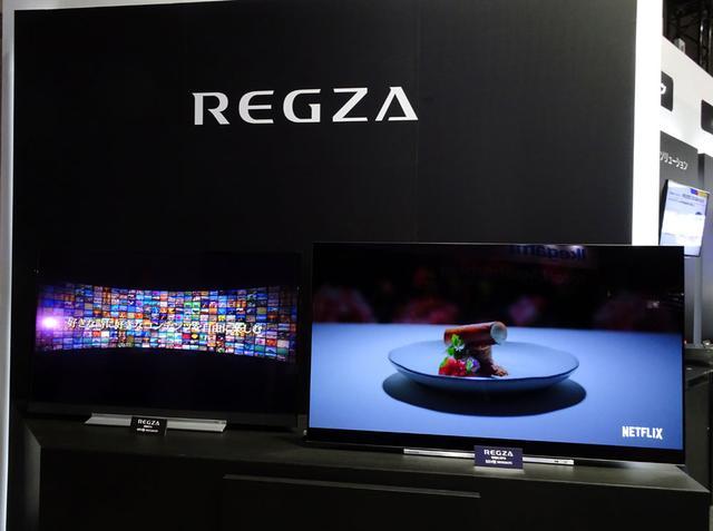 画像: 「東芝グループ」ブース:各種4Kシステム・機器に交じって、家庭用の4Kテレビも展示していた