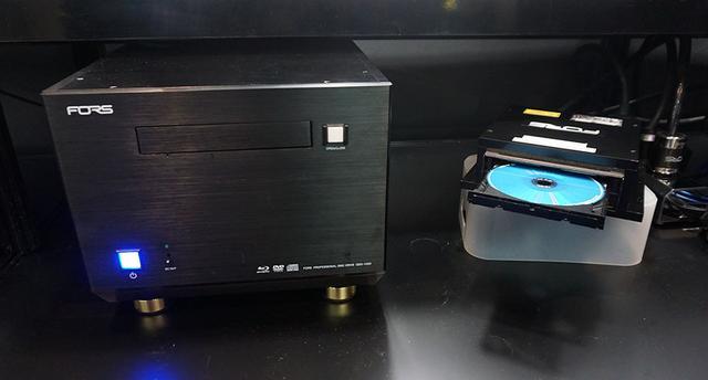 画像: QDD-1000は、CD/DVD/BD/UHDの書き込み・読み出しに対応している。オーディオCDの読み取り時にはPureRead4+を採用