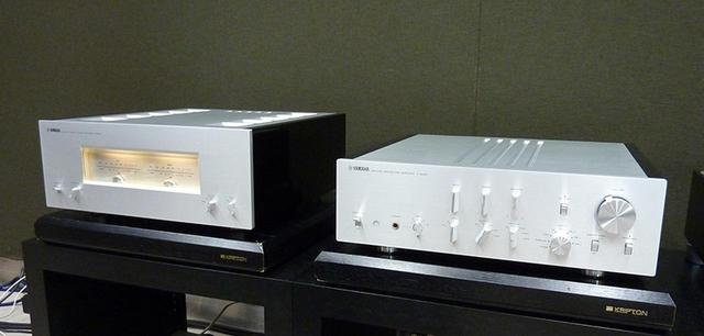 画像: C-5000(写真右)+M-5000(写真左)