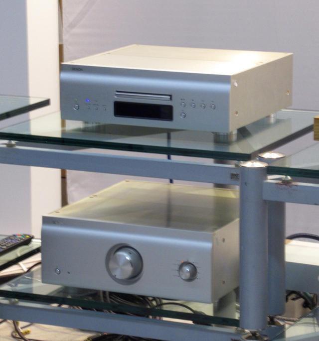 画像: 参考出品/CDプレーヤー、プリメインアンプ「モデルX」