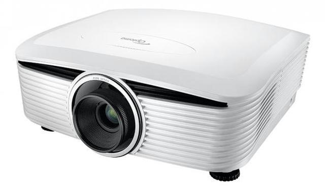 画像: フルHD仕様のDLPプロジェクター「Optoma HE503e」(別売の標準レンズ装着時)