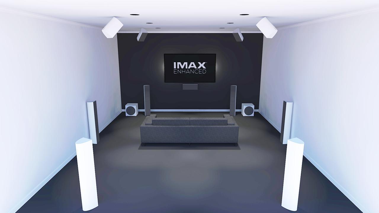 画像: 家庭でのIMAX Enhanced(7.2.4)システムの設置イメージ。DTSの技術が基本となっているため、オーバーヘッドスピーカーの設置位置などはある程度「どこでもよい」ようだ