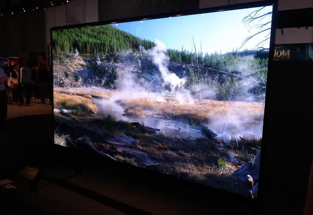 画像: 8K液晶テレビ 「Z9G」の98インチ