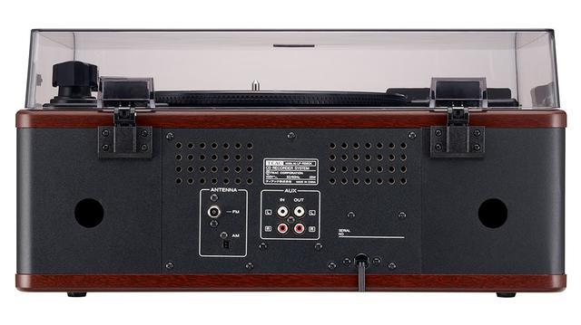 画像: アナログ音声出力/入力も備えているので、本機をレコードプレーヤーとして使ったり、外部からの音源をCDに録音もできる