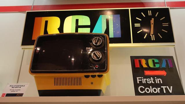 画像: RCA VICTOR「AU 097A」初のカラーテレビ(1975年)