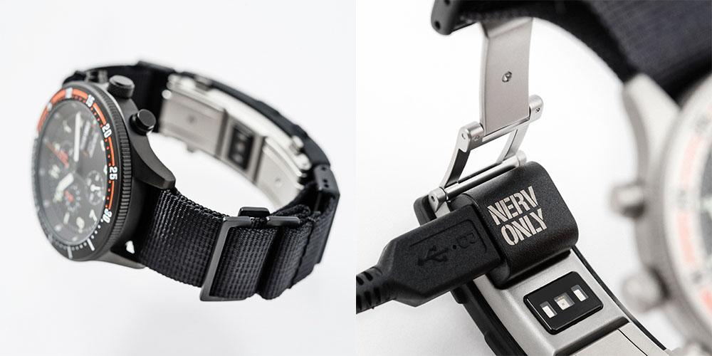 画像: スマートウォッチ機能はバンド背面に搭載する。写真右は充電用アダプター