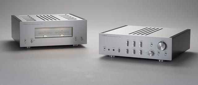 画像: 写真左:M-5000/写真右:C-5000