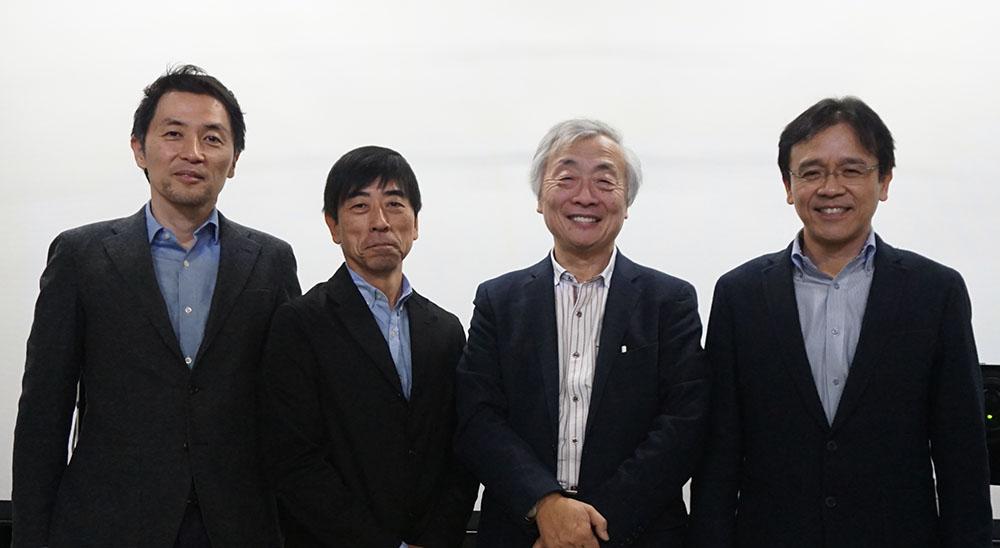 画像: インタビューを終えて記念撮影。写真右から、知念 徹さん、麻倉さん、澤志聡彦さん、片岡 大さん