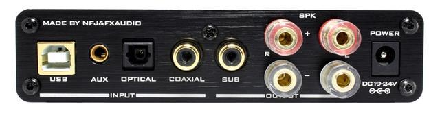 画像: 接続端子は、アナログ音声入力(3.5㎜ステレオミニ)、デジタル音声入力(光・同軸・USB)、サブウーファー出力(RCA)を装備