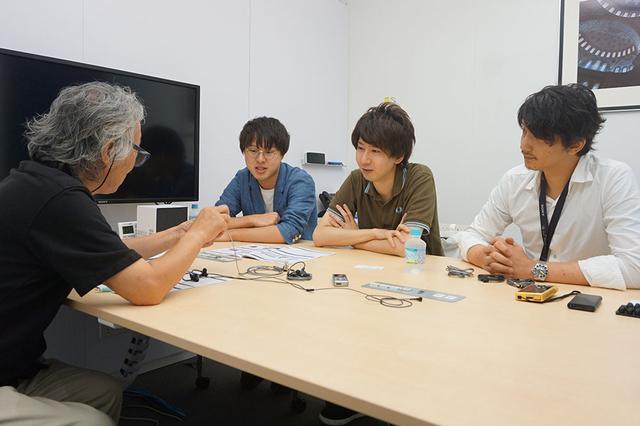 画像: 前回に続いて、増山翔平さん、桑原英二さん、飛世速光さんにお話をうかがっている(写真左から)