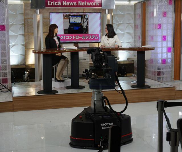 画像: ロボットペデスタルの「SmartPed」。スタジオ内をスムーズに移動して、最適なカメラアングルを確保する