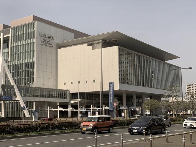 画像: 会場となる福岡国際会議場。博多の臨海部にあり、博多駅からバスで10分ほどで到着する www.marinemesse.or.jp