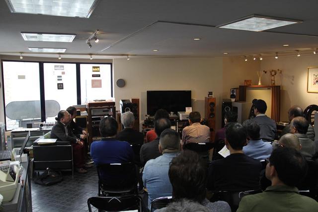 画像: 試聴イベントが開催された「ホーム商会」には大勢の来場者が訪れ、大盛況となった。