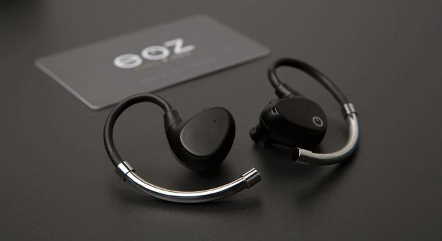 画像: スペインのオーディオブランド「EOZ」初の完全ワイヤレスイヤホン「EOZ AIR」、11月下旬登場。価格は15800円 - Stereo Sound ONLINE
