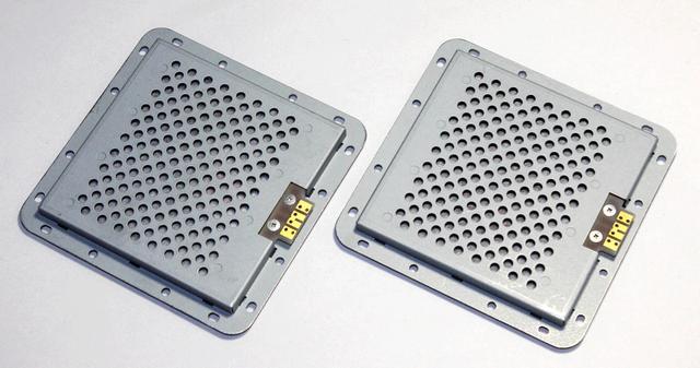 画像: 自社独自の全面ダイレクトドライブ(WSDD)方式平面スピーカードライバー「DR-7070」を搭載
